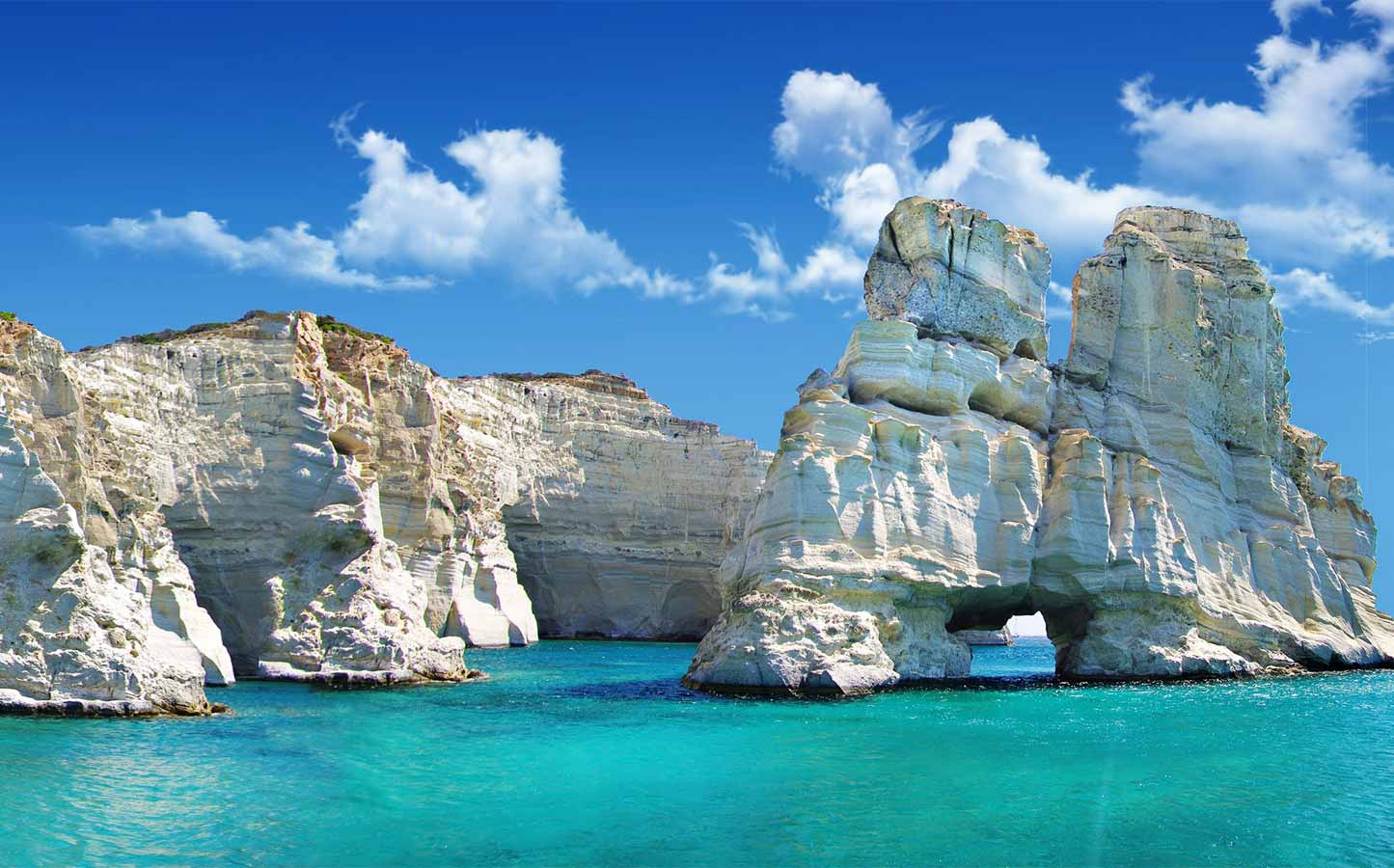 Milos Traditional Boat Tour – Leloudo Cruise